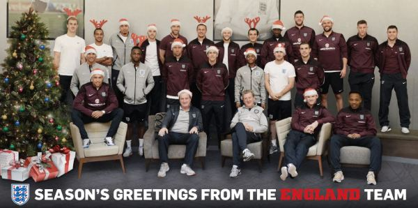 England Team Send Fans Season's Greetings