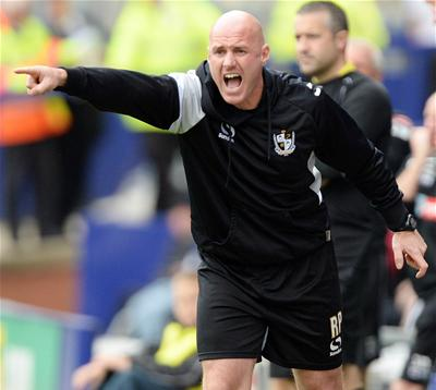 Port Vale bring in two loan signings