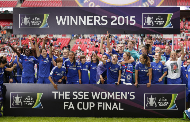Chelsea celebrate winning the Women''s FA Cup Final (Action Images / John Sibley)