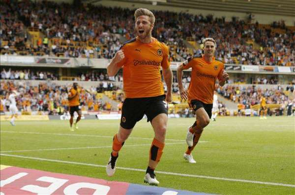Oxford United sign former Wolves winger Henry