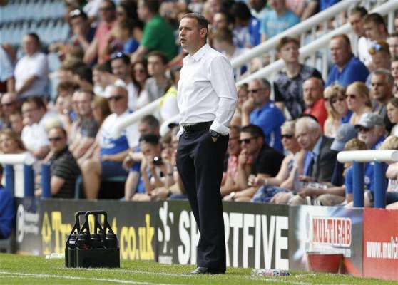 Former Peterborough boss Robertson joins coaching staff at Southend
