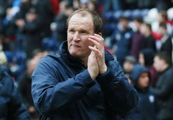 With eyes for a good buy, Simon Grayson is aiming for the top with Preston