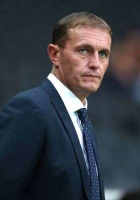 Profiling Leyton Orient manager Ian Hendon