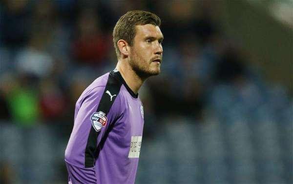 Huddersfield extend Jed Steer's loan