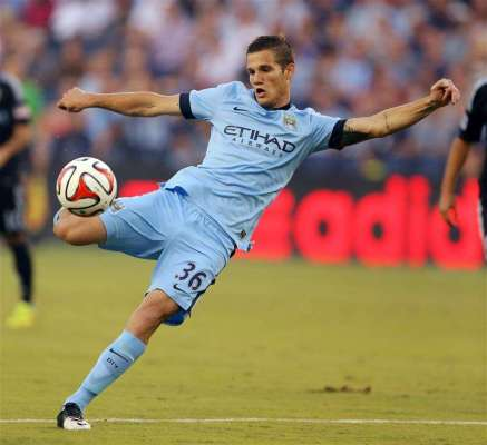 Middlesbrough loan Bruno Zuculini from Manchester City