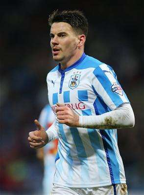 Barnsley extend Hammill contract