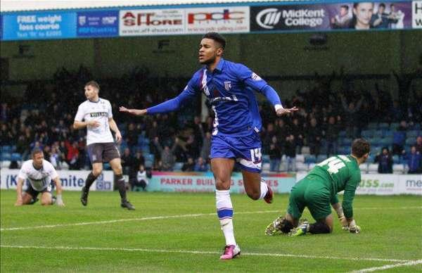 Gillingham extend Dominic Samuel's loan