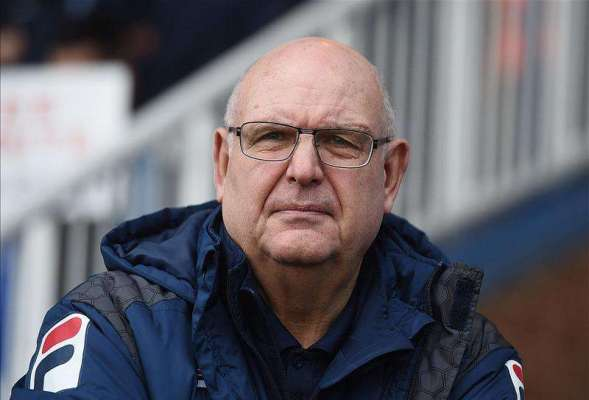 Luton sack John Still