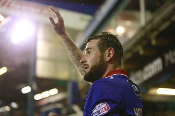 Mark Yeates rewarded with new contract at Oldham