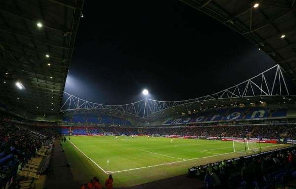 Bolton admit players may not be paid this month