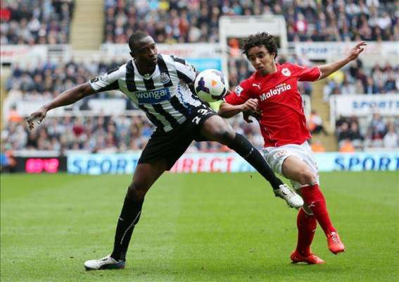 Ameobi agrees new deal with Notts County