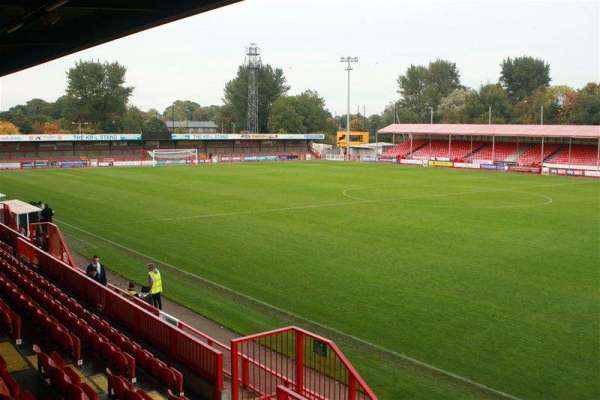 Ziya Eren set to complete Crawley Town takeover tomorrow