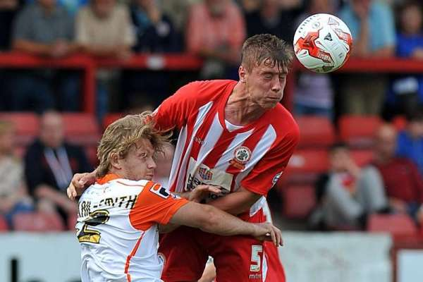 """Accrington Stanley defender Tom Davies: """"We can finish inside top three"""""""