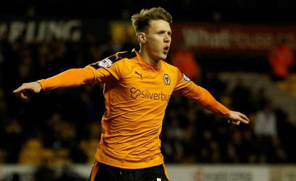 Mason keen to be leading man in Wolves' starting XI