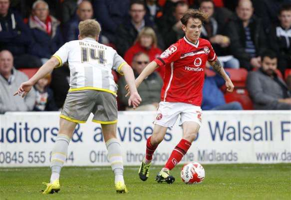 Liam Kinsella signs new Walsall contract