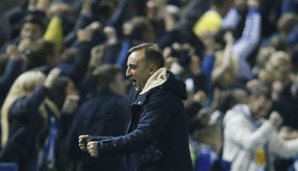 Carlos Carvalhal signs new Sheffield Wednesday contract