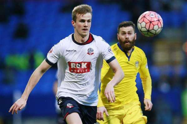 Bolton turn to youth players