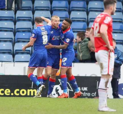 Main man Curtis proves Donny's loss and Oldham's gain