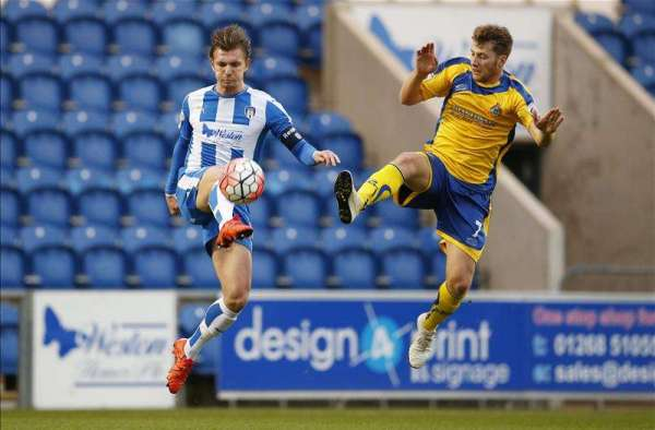 Midfield duo leave Colchester for Championship moves