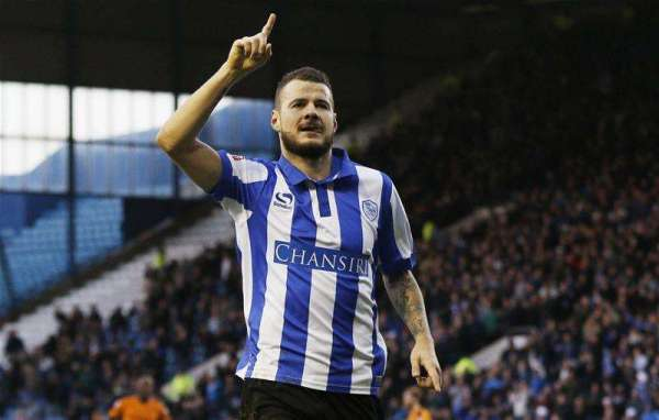 Wednesday bring in Watford duo