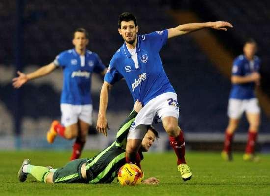 Crewe sign former Pompey man Danny Hollands