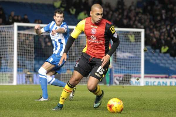 Shakers snap up James Vaughan