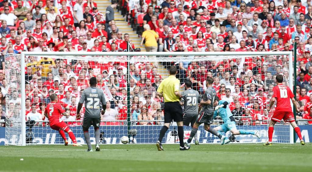 Cox, left, scored the opener in Orient's play-off final defeat