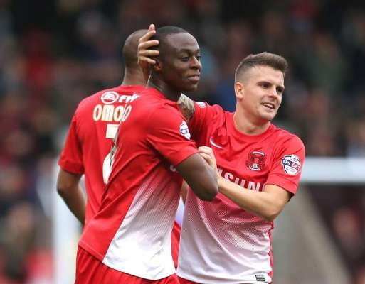 Forget the cash, I'm just happy to play as Cox bides his time for Crawley debut at Burgess Hill