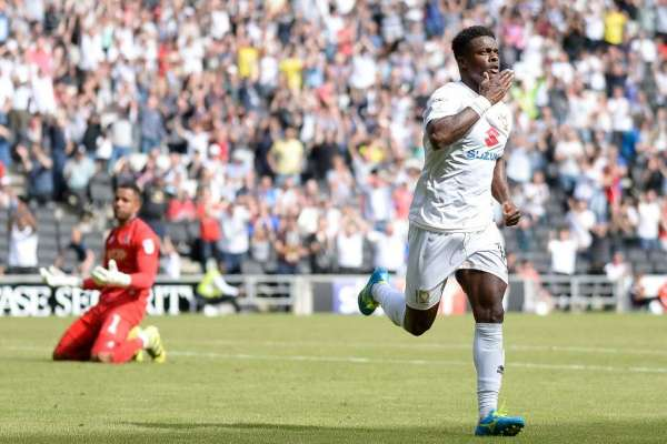 Wedded bliss settles Agard in to lift Dons