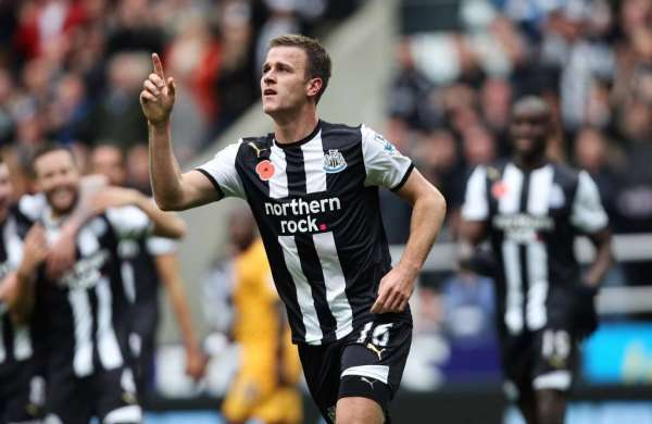 Port Vale announce the arrival of midfielder Ryan Taylor