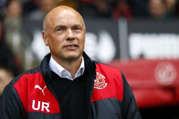 Fleetwood head coach Uwe Rosler signs new contract