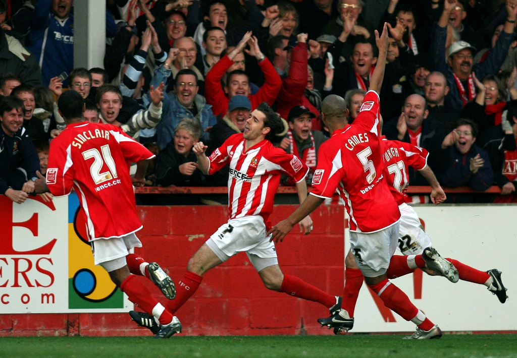 Wheeling away: Gillespie nets for Cheltenham Town in their 2007 tie against Leeds United (photo by Action Images / Lee Mills) Livepic