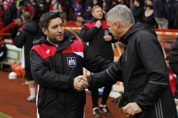 Lee Johnson gets vote of confidence after dire run with Robins