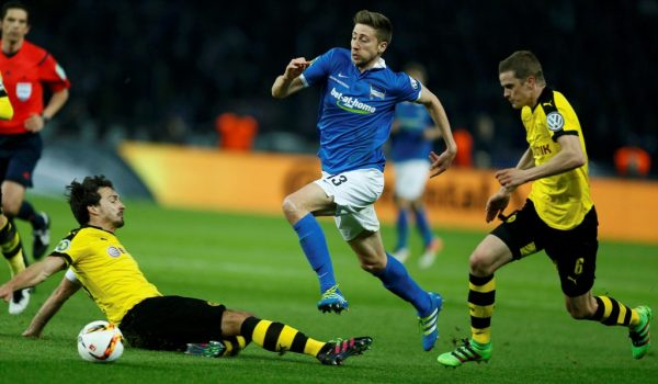 Bristol City snap up giant German Jens Hegeler