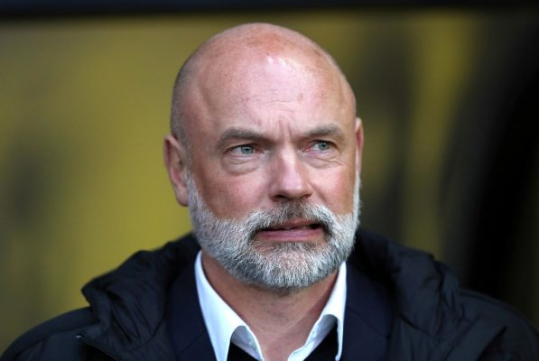Fleetwood's Uwe Rosler set for talks after Norwich speculation