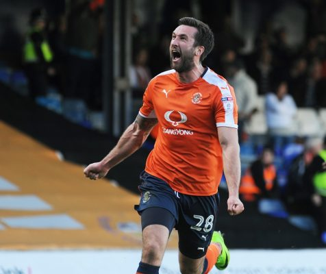 Palmer: 'I just want to be part of a squad that gets promoted', says on-loan Luton striker