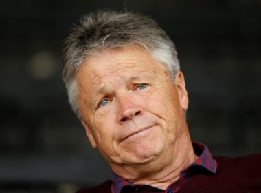 Carlisle, Carlisle United, CUFC, Cumbrians, Curle, ECFC, Exeter, Exeter City, Keith Curle, Paul Tisdale, Perryman, Play-Offs, SkyBet League Two, Steve Perryman, Tisdale
