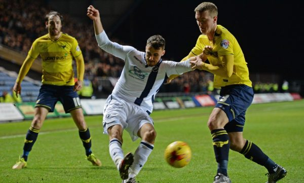 Bury re-sign versatile Oxford defender Skarz