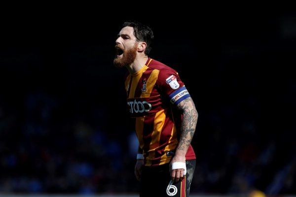Romain Vincelot staying put at Valley Parade after penning new deal