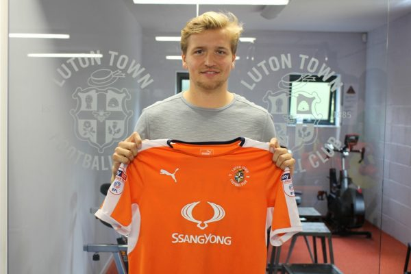 Luton bring in Berry as prolific midfielder leaves Cambridge