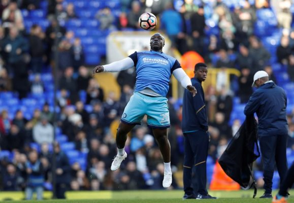 """We'll be in the play-offs"" – Wycombe's Akinfenwa hoping for promotion"