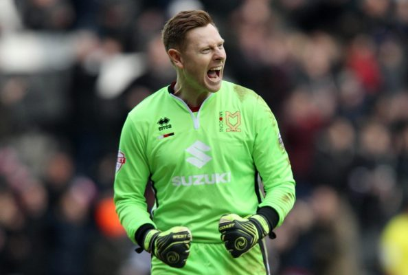 Free agent 'keeper Martin signs for Millwall