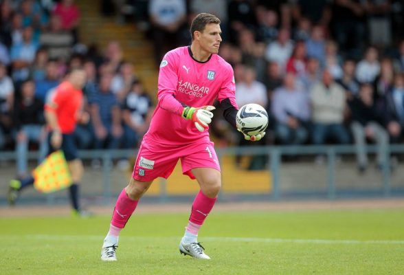 Homecoming for Letheren as 'keeper rejoins Plymouth