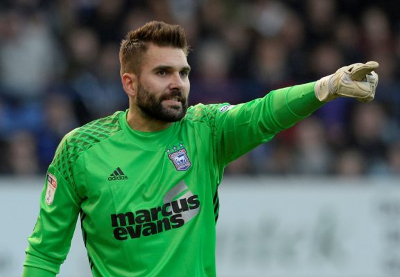 Ipswich 'keeper reveals he was 'really close' to summer move to Burnley