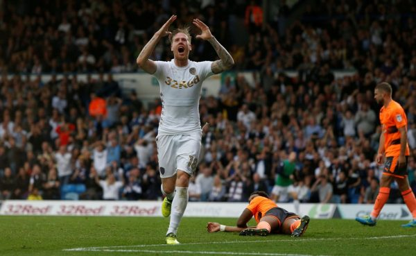 Defender Jansson signs new long-term contract at Leeds