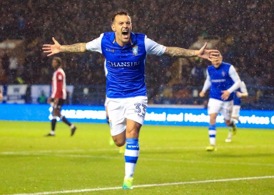 Ex-Owls favourite Ross Wallace makes move to Barton's Cod Army
