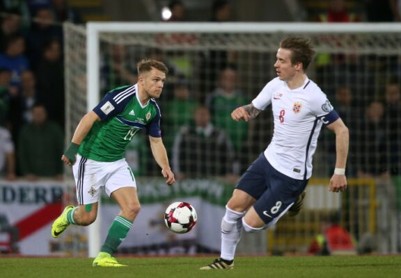 Scunthorpe sign Northern Ireland international Jamie Ward