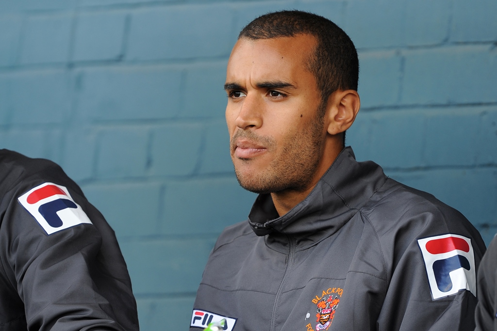 Former Blackpool and Plymouth defender Paul Bignot bids farewell to football
