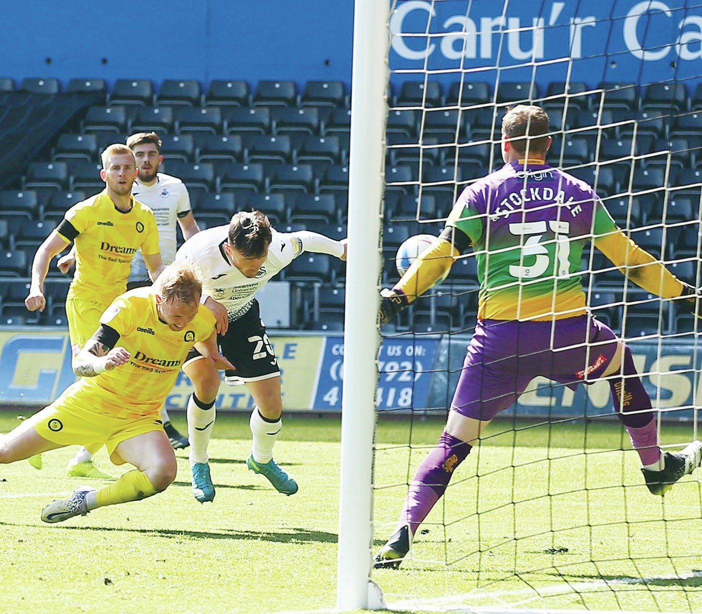 AINSWORTH EYES FAIRYTALE ENDING